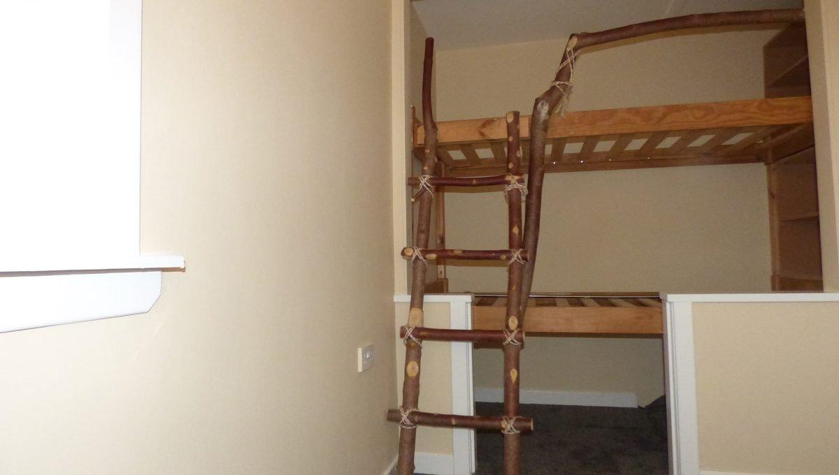2 Doocot Terrace Bedroom 3