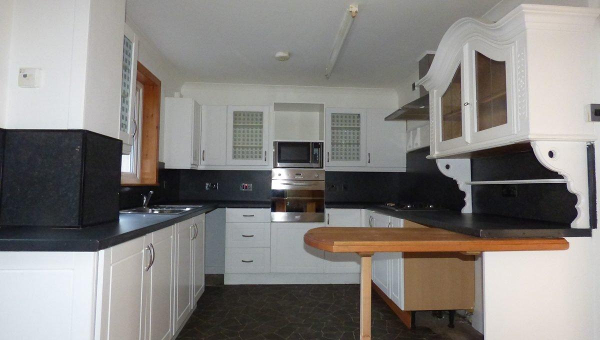 2 Doocot Terrace Kitchen