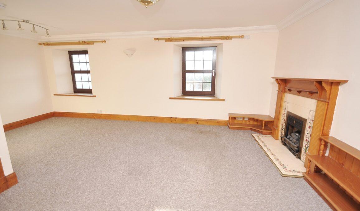 37 Main Street - Living Room