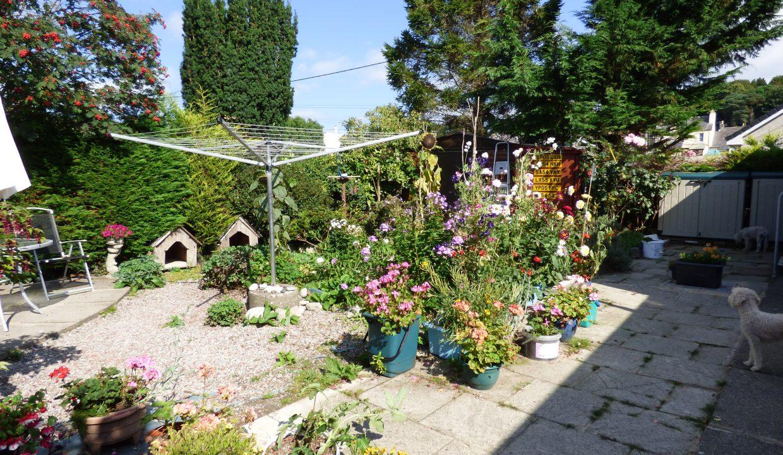 6 silver st - Garden view 1