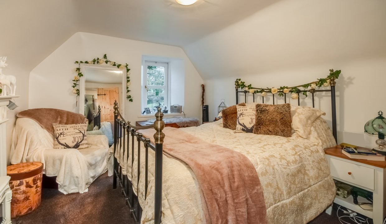 Alticry Lodge Bedroom 1