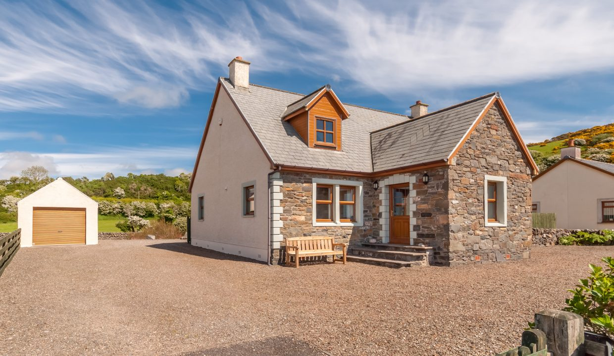 Caladh Phorst - Front view 1