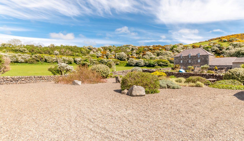 Caladh Phorst - Garden view 1