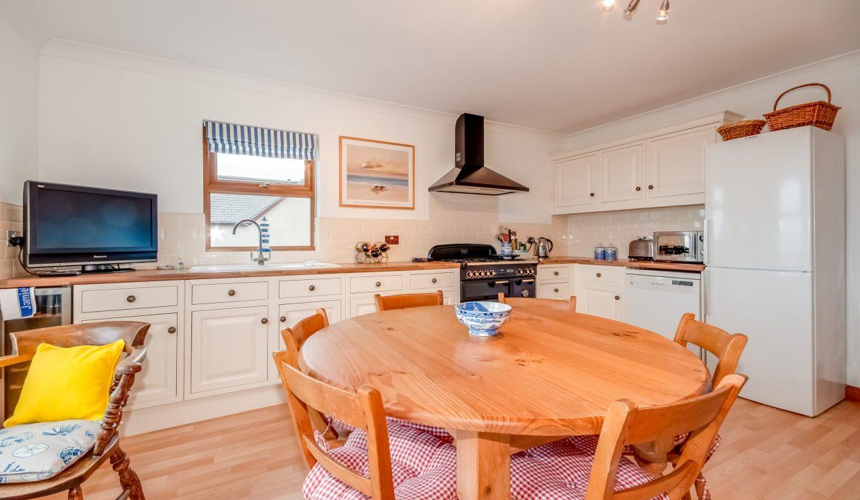 Caladh Phorst - Kitchen Diner View 2