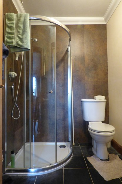 Causbie Wigtown En-Suite Shower Room 1