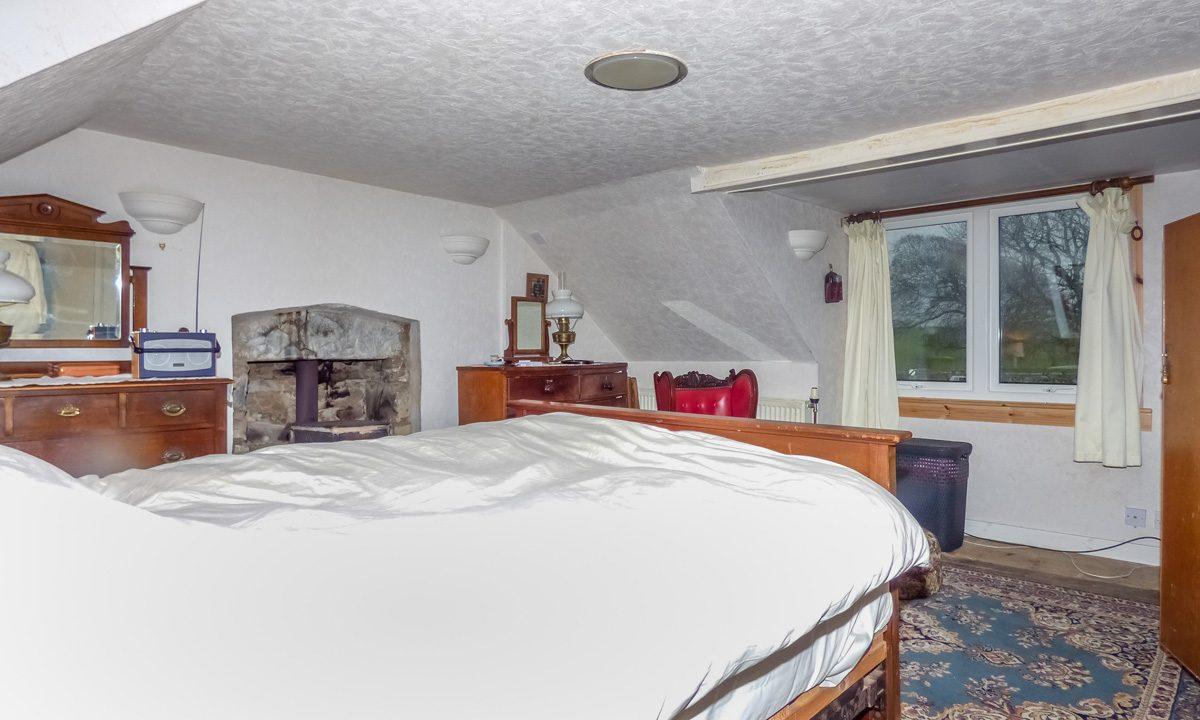 Glendale 27 Main Street Mochrum Bedroom 1 View 2