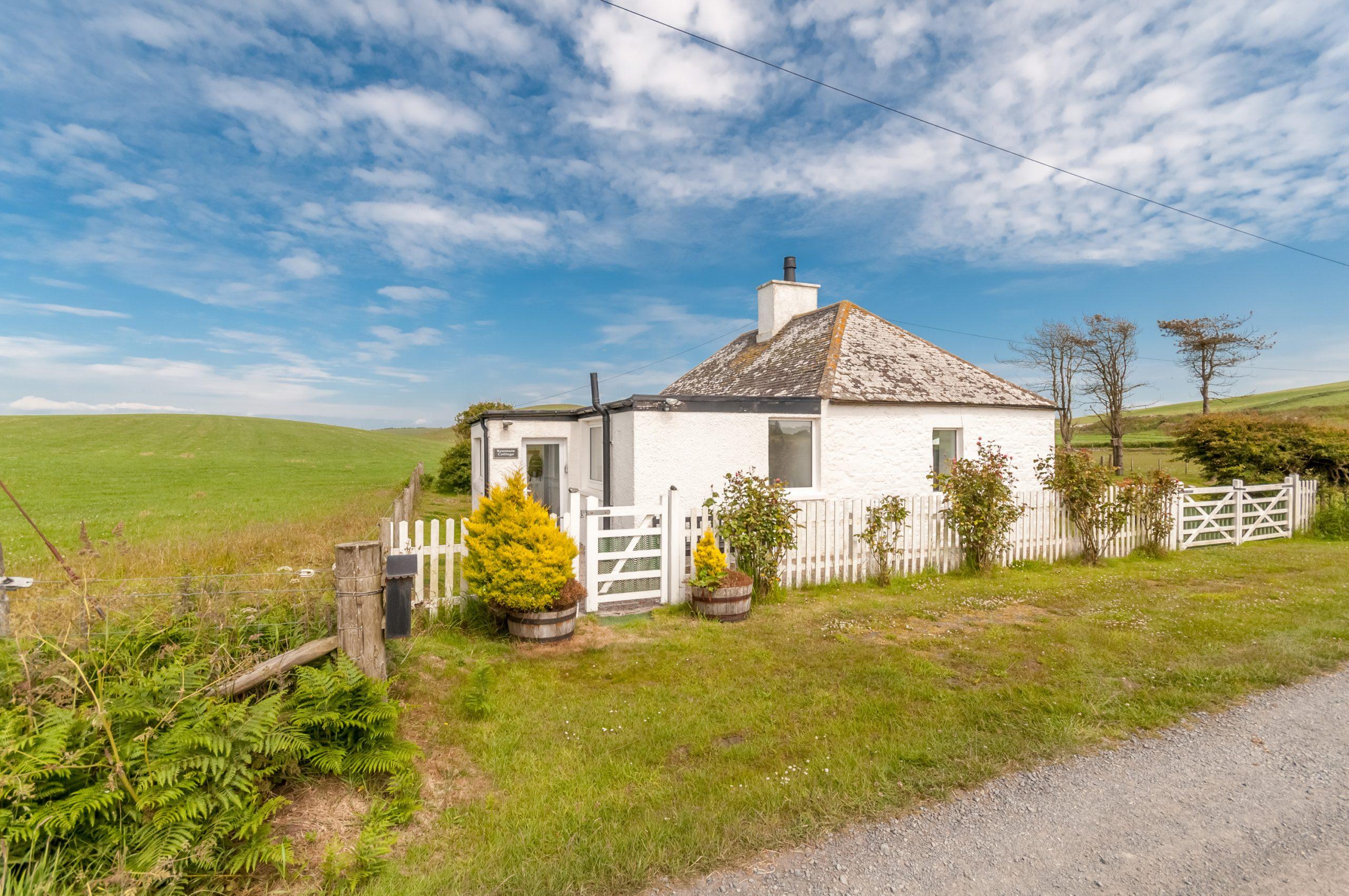 Kenmuir Cottage, Ardwell, Stranraer, DG9 9PG