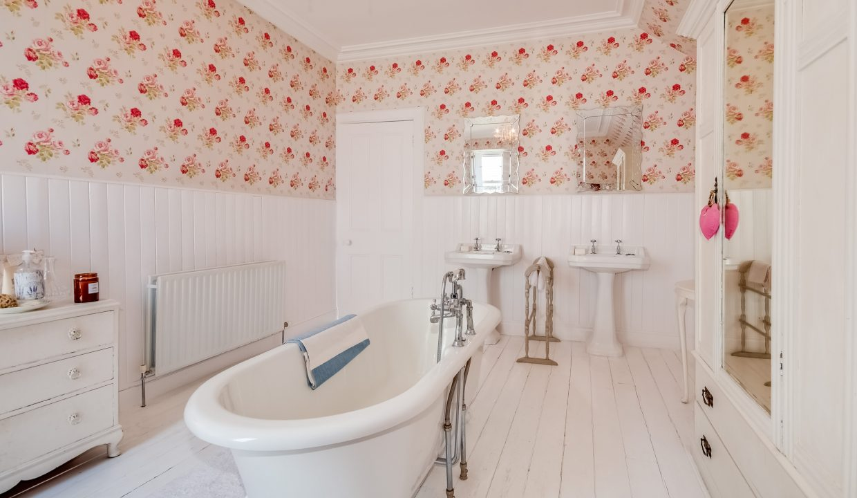St Johns House - Bathroom View 2