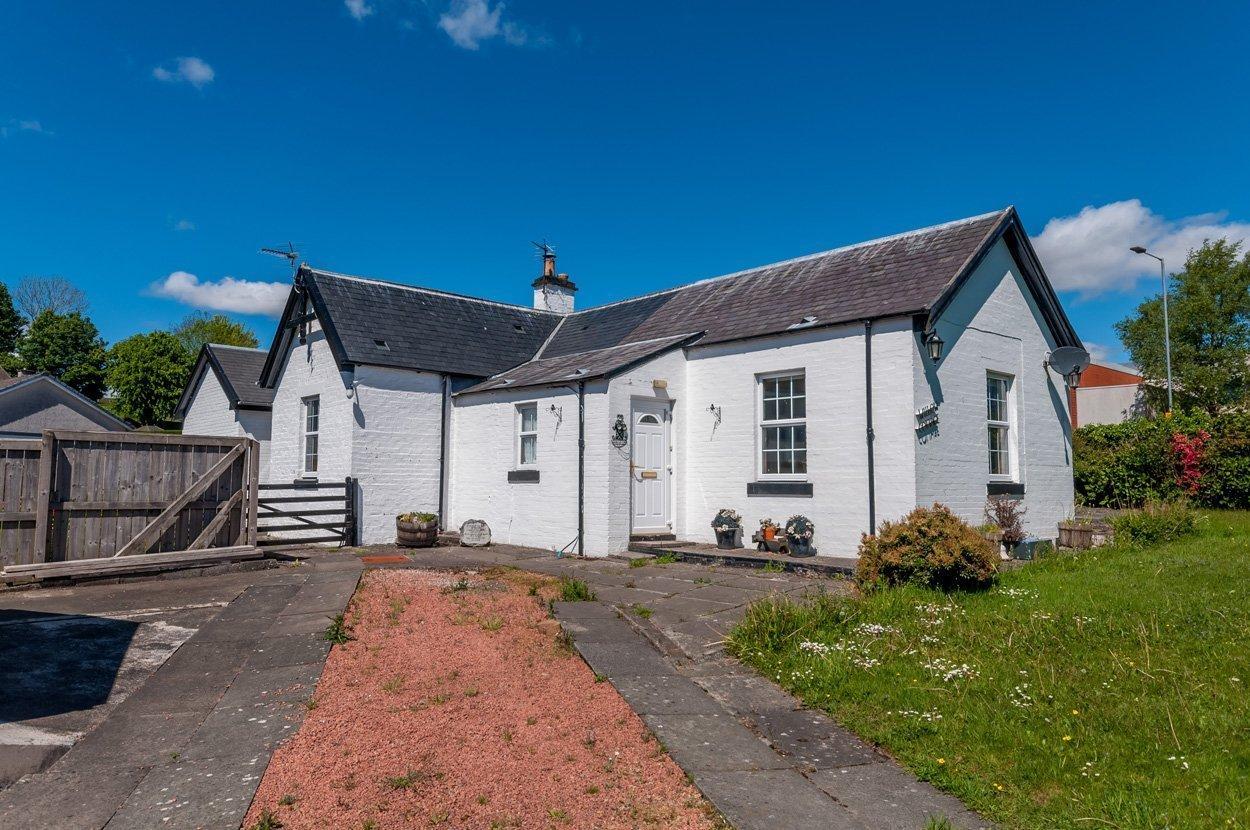 Willow Cottage, Corsbie Road Newton Stewart, Wigtownshire  DG8 6JB