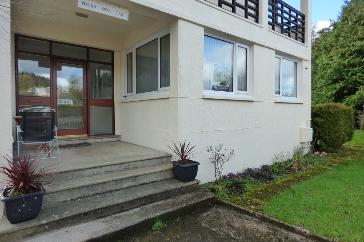 FLAT 1, PENKILN BRIDGE COURT, MINNIGAFF, NEWTON STEWART DG8 6AA